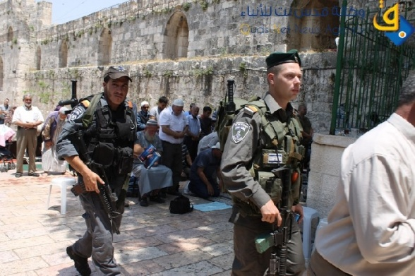 July 14 2013 Settlers storm and desecrate Al-Aqsa Mosque under protection of Israel army - Photo by QudsNet