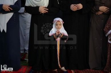Atmosphere of Eid al-Adha in Gaza and West Bank – Photos by SAFA – Oct 15 2013