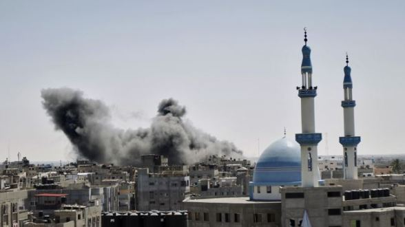 371286_Israeli-airstrike