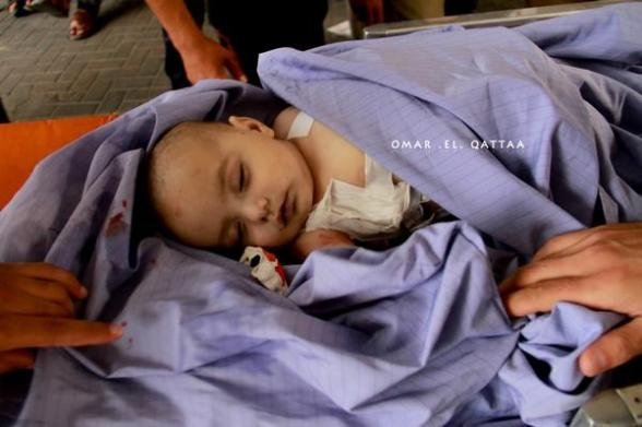 الأطفال ،، بنك أهداف الاحتلال الصهيوني One of the martyrs children that reached Al Shefa hospital in Gaza - Photo by @OmarElQattaa