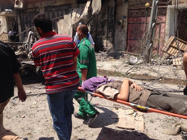 At Shajaiya expect #s of injured and/or dead to rise. We saw 7 stretchers in 10 minutes on one street. Some v bad. Photo via William Booth