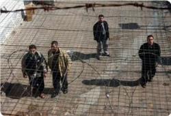images_News_2014_07_22_prisoners1_300_0