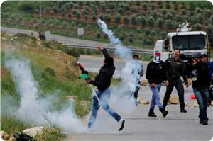 images_News_2014_08_16_clashes-1_300_0