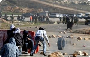 images_News_2014_08_17_clashes-0_300_0